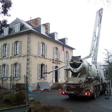 Réhabilitation de l''accueil et du perron de la Mairie de Plourhan